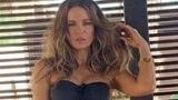 Кейт Бекинсейл оглушает болельщиков с гулянки бикини фото на Instagram